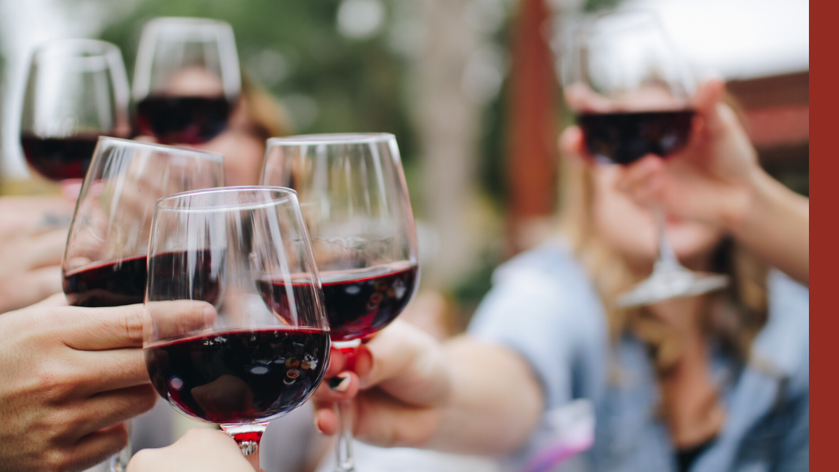 A glass of red wine supports hearth health