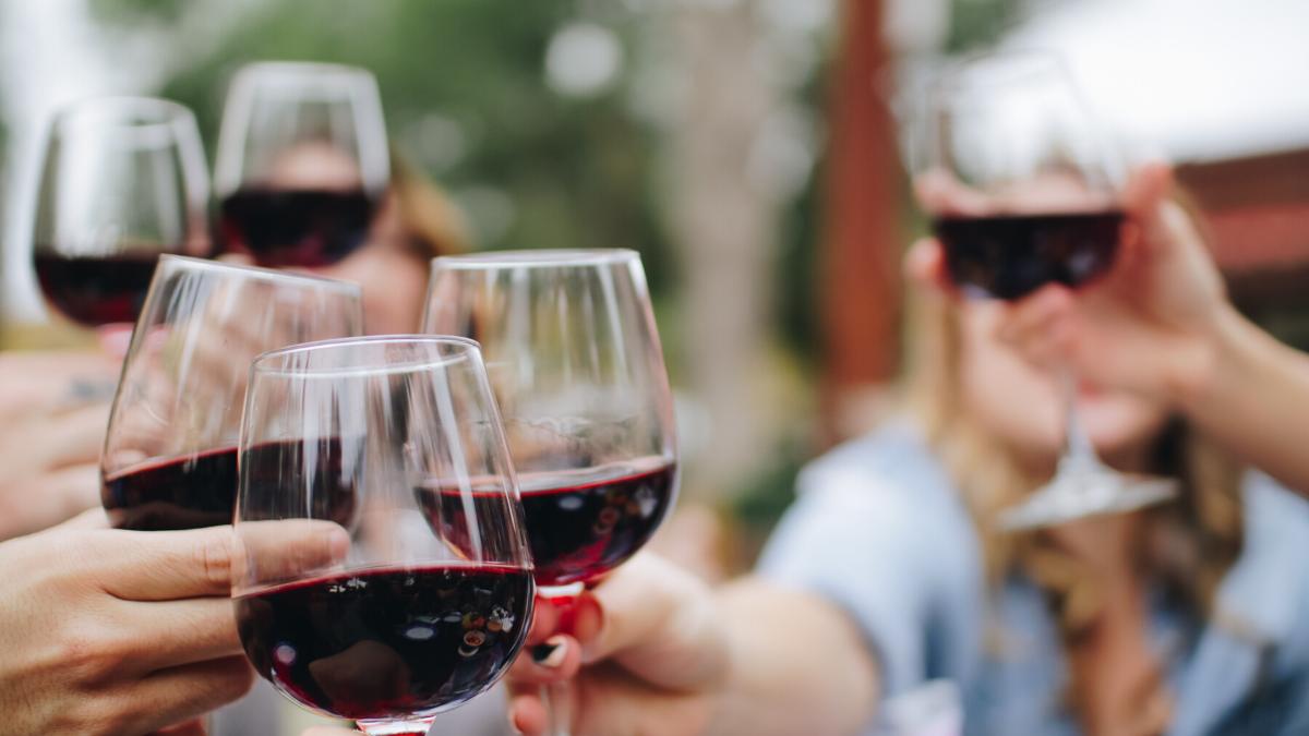 Ein Glas Rotwein ist gut fürs Herz