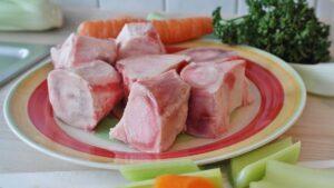 Read more about the article 10 natürliche Lebensmittel mit Kollagen für Haut und Gelenke