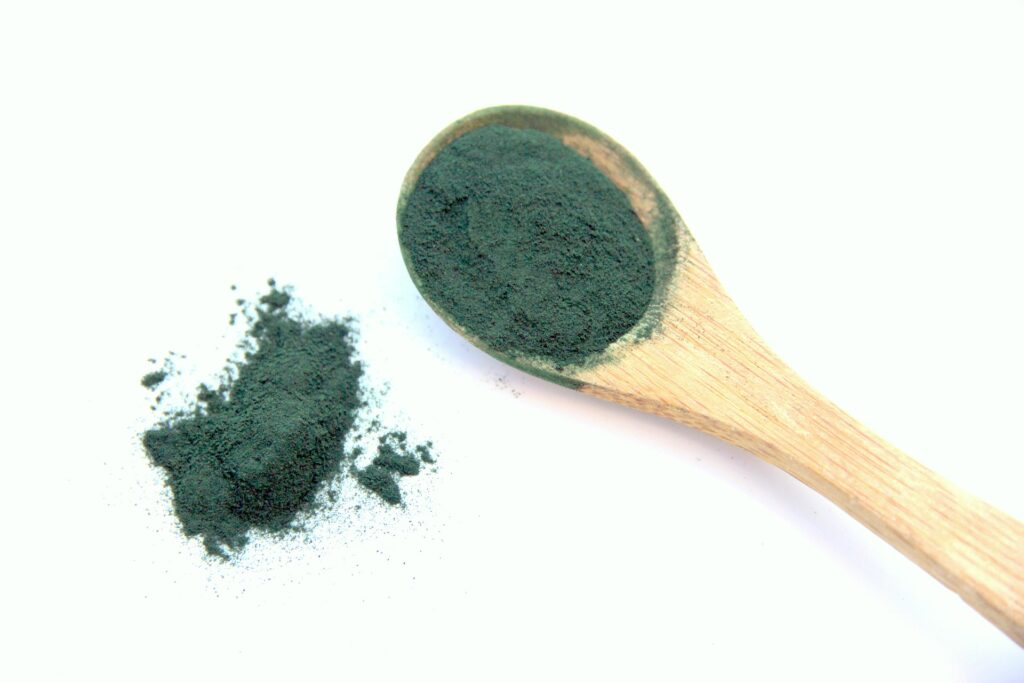 The spirulina alga belongs to the food with collagen