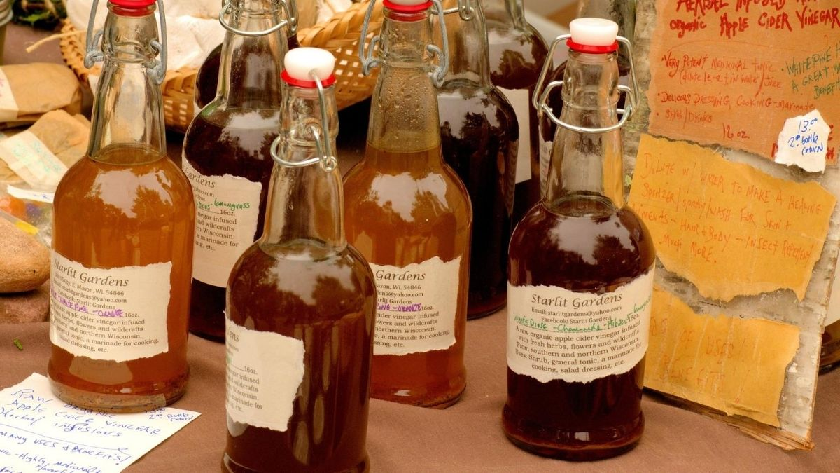 There are numerous benefits of drinking apple cider vinegar for health