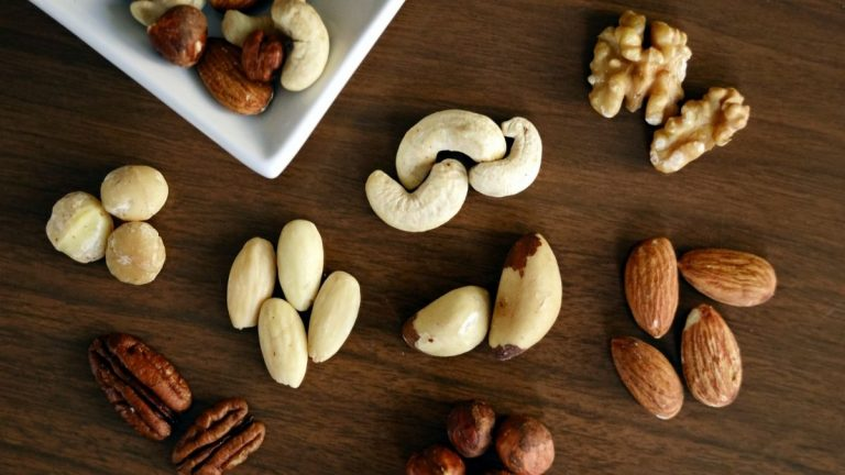 best keto nuts to eat