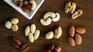Beste Keto Nüsse: Der Guide zu Nüssen und Samen bei Keto