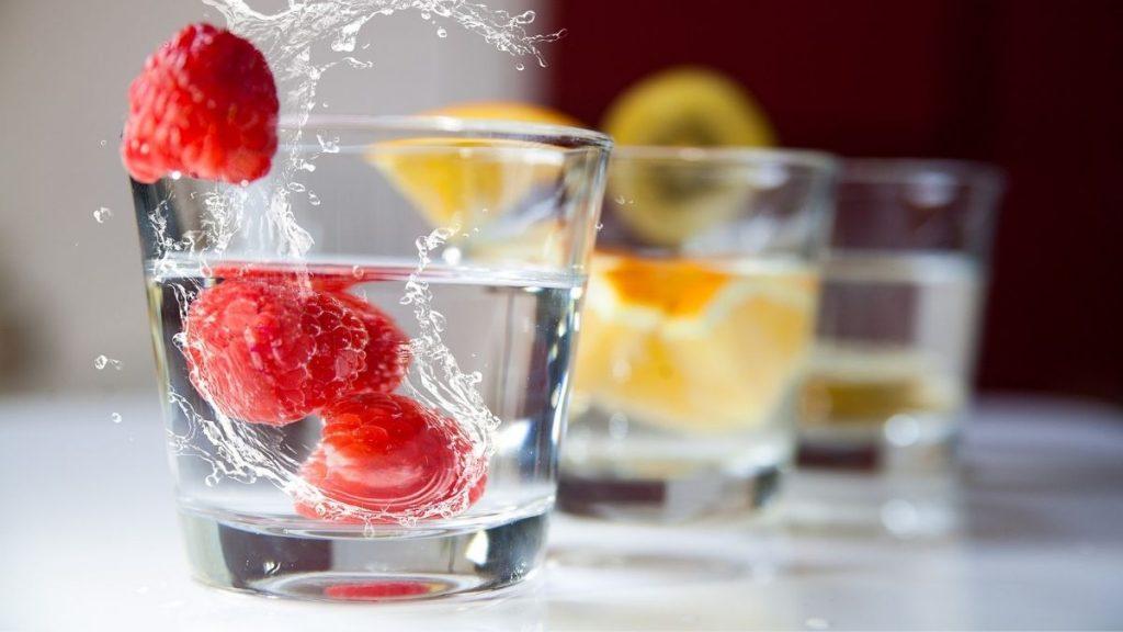 Read more about the article Was darf ich beim Intervallfasten trinken? [Bestseller Buch]