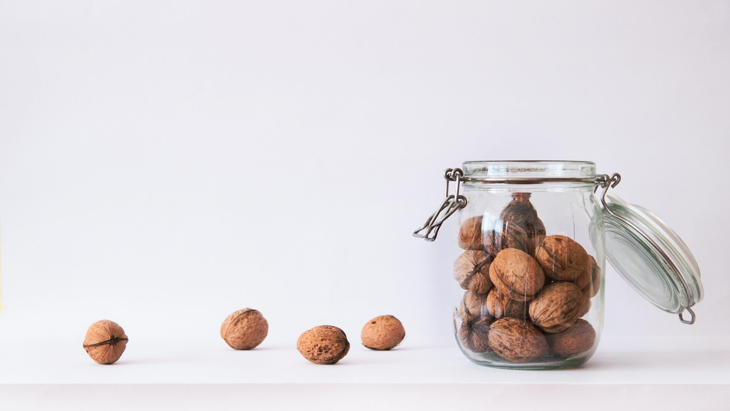 walnuts are among the best keto nuts to eat