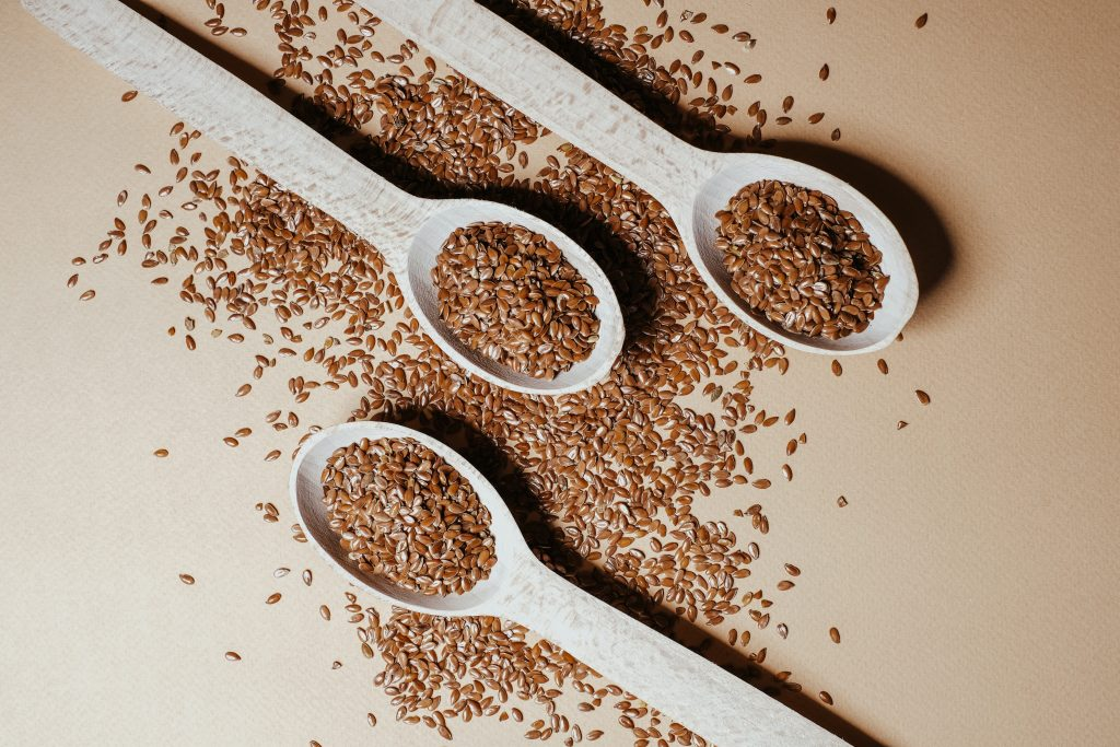 Flax seeds are a high-fat keto snack