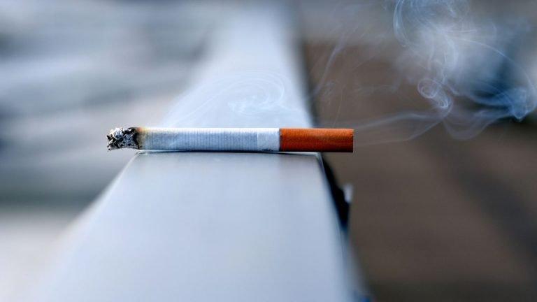 Bricht Rauchen das Intervallfasten?