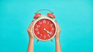 Read more about the article The 5 Stages of Intermittent Fasting by Hour (and Their Benefits)