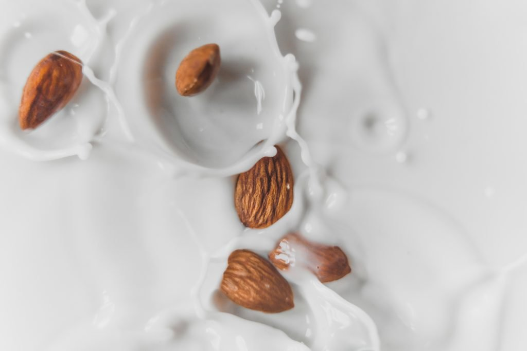 The best almond milk for keto is homemade