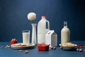 Read more about the article Mandelmilch selber machen: Rezept (schnell und einfach)