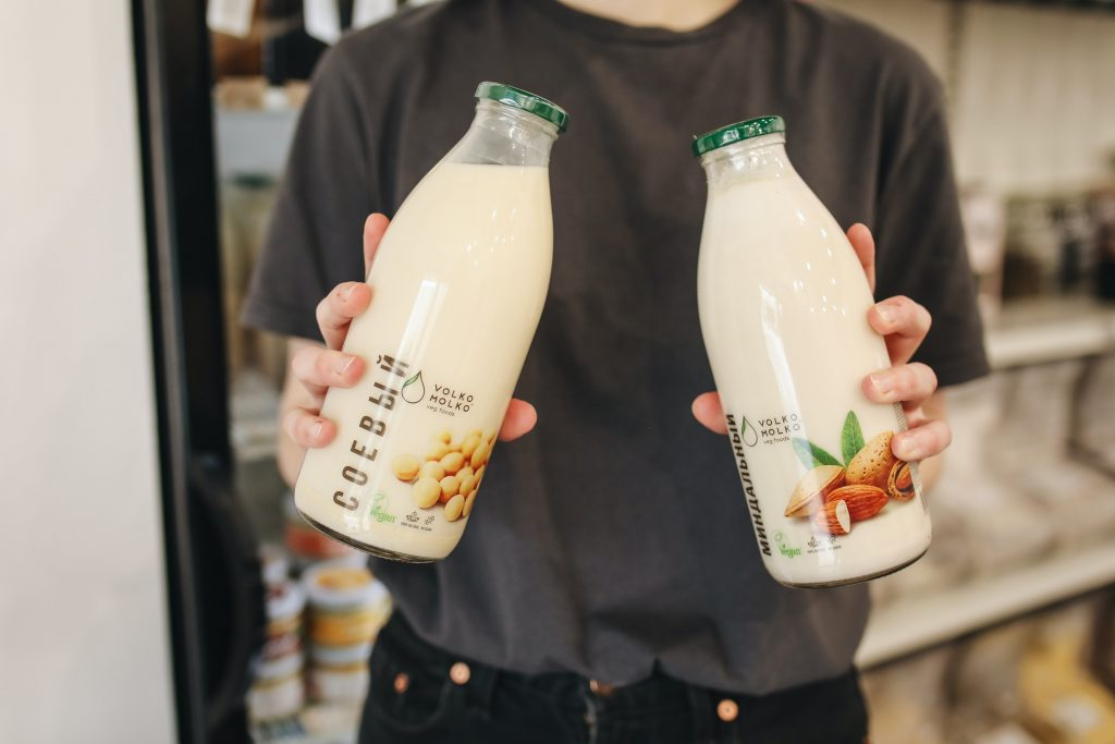 Almond milk doesn't have to be low-carb